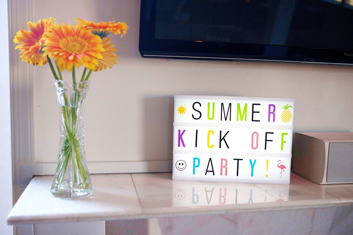 7 Simple Tips for Hosting a Cocktail Party