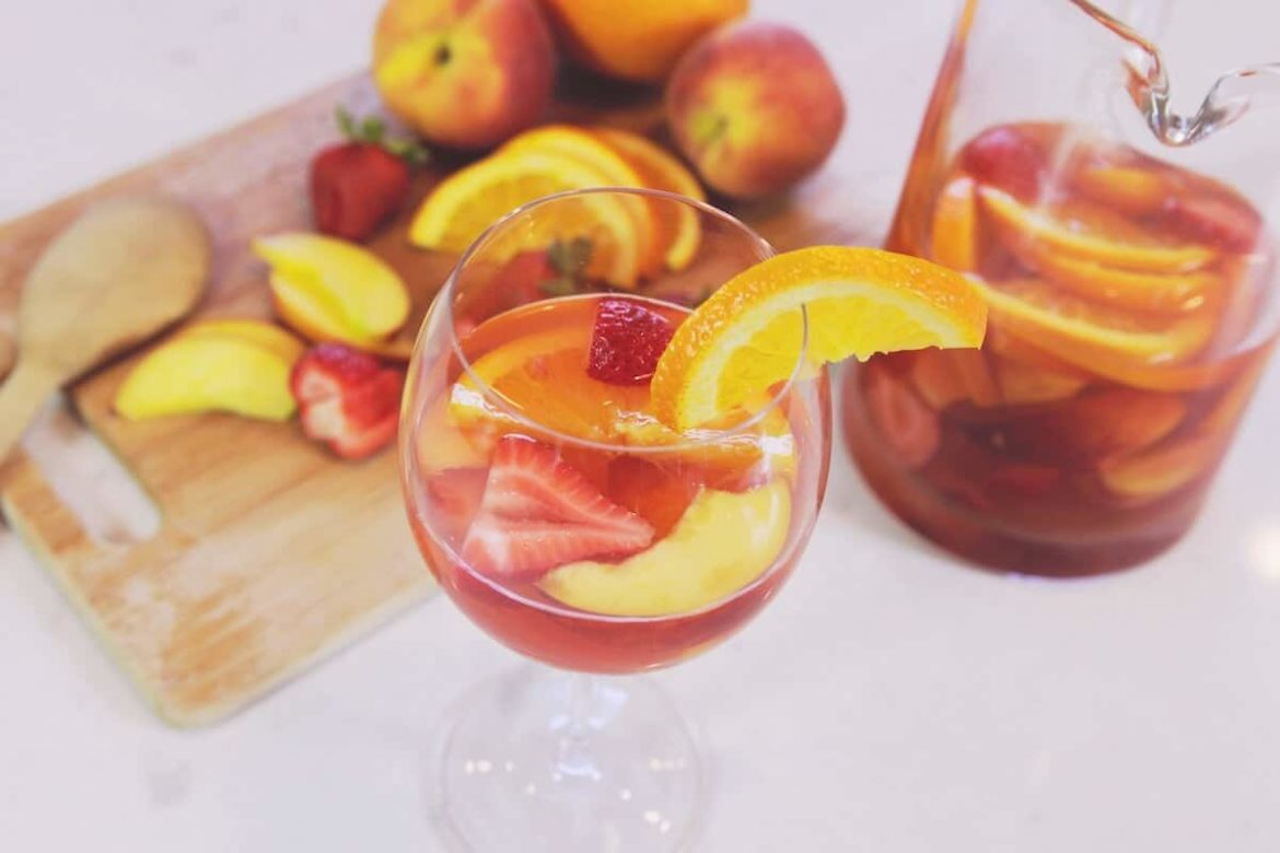 Simple and Delicious Rose Sangria